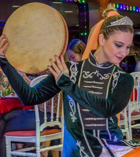 سهرة بوسفور التركية مع عشاء ورقص شرقي